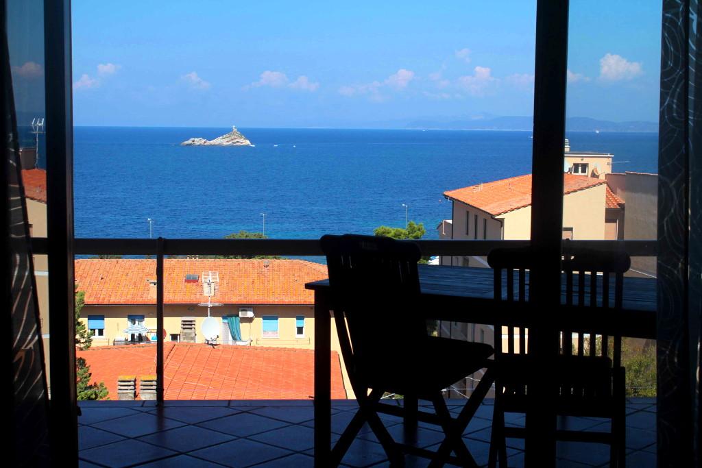 Villa vista mare in vendita all'elba toscana